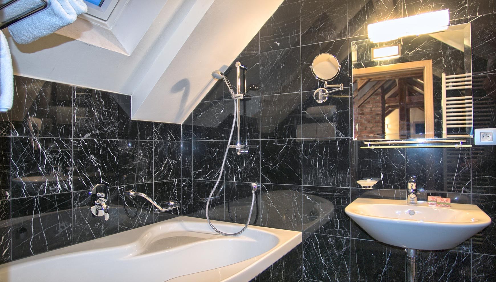 Second bathroom in a three bedroom duplex apartment No. 31 in Residence Rybna